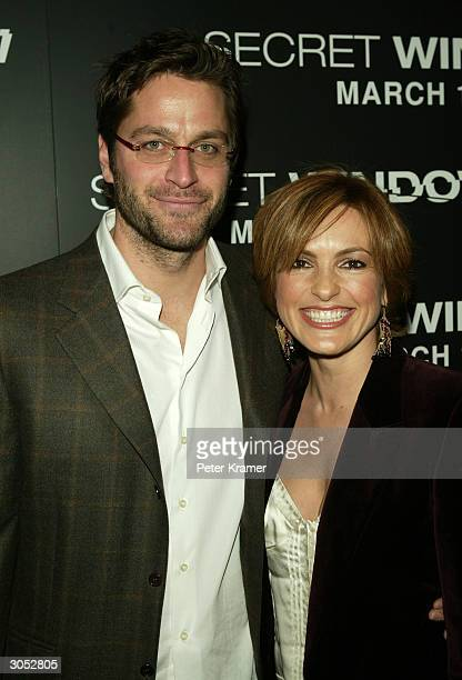 Actress Mariska Hargitay and date Peter Hermann attend the premiere of Secret Window March 7 2004 in New York City