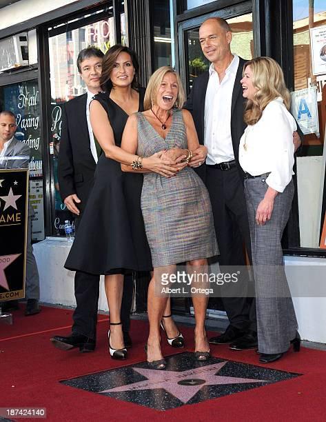 Actress Mariska Hargitay and siblings Mickey Hargitay Jr Zoltan Hargitay and Jayne Marie Mansfield attend Mariska Hargitay's Star ceremony on The...