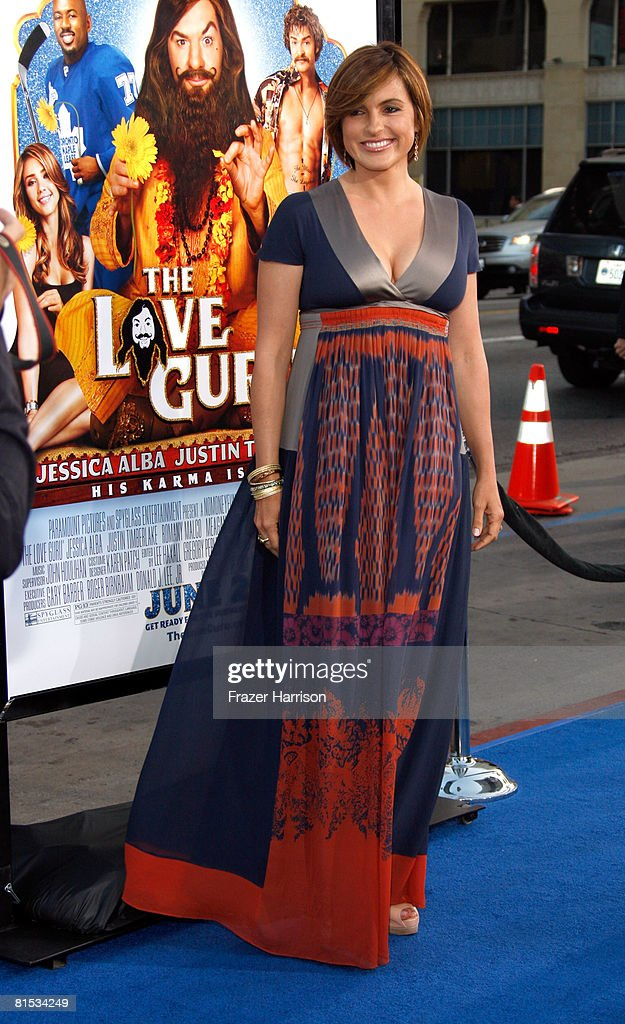 Actress Mariska Hargitay Arrives At The Premiere Of Paramount S The