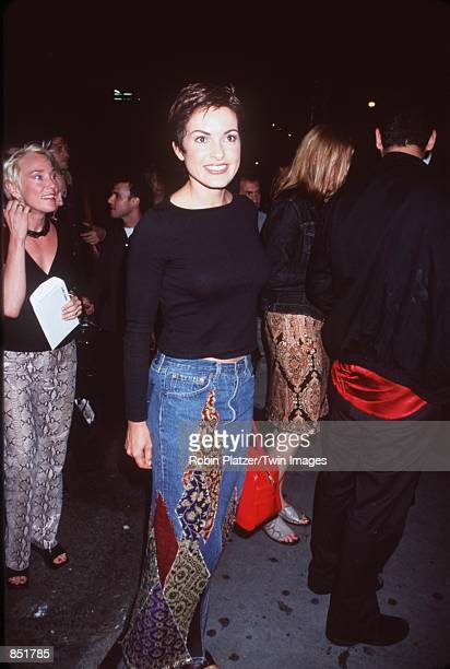 """Actress Mariska Hargitay attend the premiere of """"Almost Famous"""" September 11, 2000 in New York, NY."""