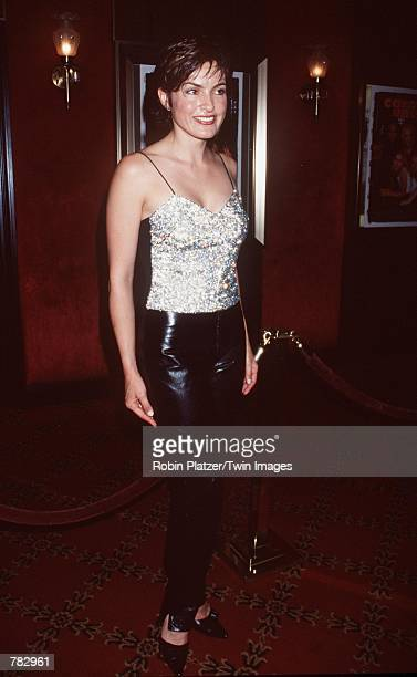 Actress Mariska Hargitay attends the premiere of the new movie 'Coyote Ugly' July 31 2000 at the Ziegfeld Theatre in New York City