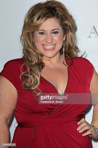 Actress Marissa Jaret Winokur attends the Eighth annual What A Pair celebrity concert to benefit the John Wayne Cancer Institute at The Broad Stage...