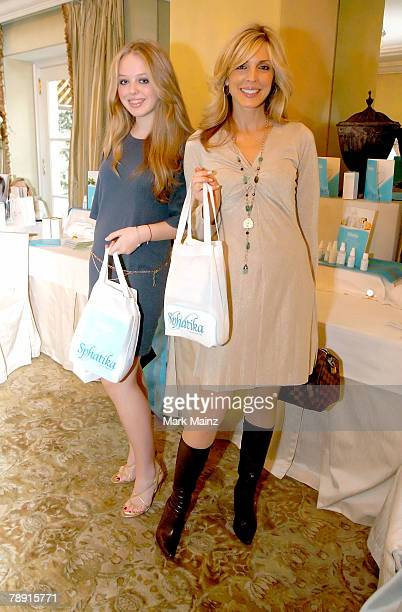 Actress Marla Maples and her daughter Tiffany Trump pose during the 2008 World Experience DPA gift lounge held at the The Peninsula Hotel on January...