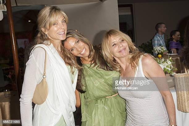Actress Marla Maples author Rainbeau Mars and actress Rosanna Arquette pose for a picture at Rainbeau Mars' 21 Day Superstar Cleanse Book Launch on...