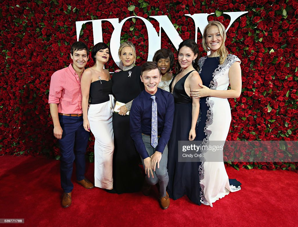 Actress Marlee Matlin and cast members from Spring Awakening attend the 70th Annual Tony Awards at The Beacon Theatre on June 12, 2016 in New York City.