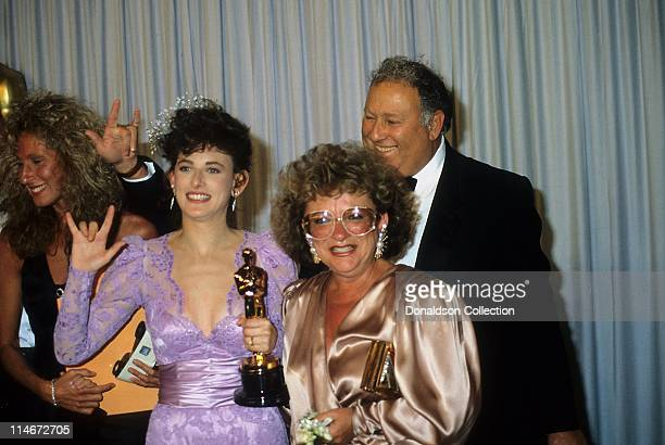 Actress Marlee Matlin and her mother at Academy Awards with Best Actress Trophy in March 30 1987 in Los Angeles California