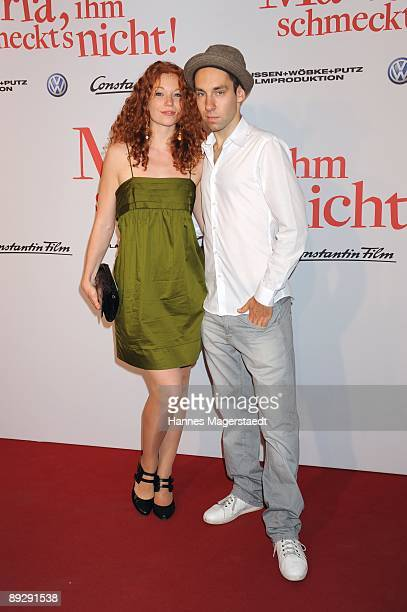 Actress Marleen Lohse and Sebastian attend the world premiere of Maria Ihm Schmeckt's Nicht on July 27 2009 in Munich Germany
