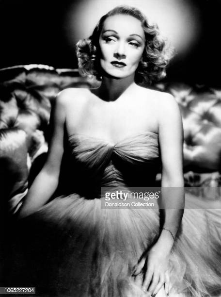 """Actress Marlene Dietrich in a scene from the movie """"Stage Fright"""""""