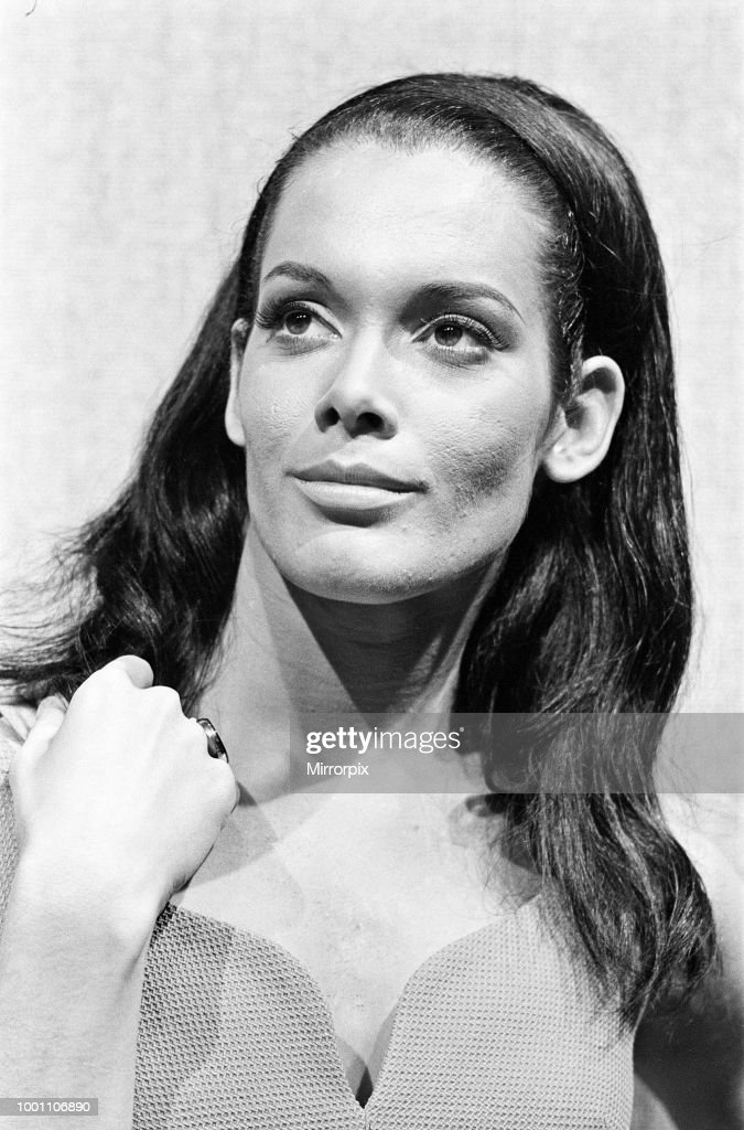Actress Martine Beswick on the set of 'Thunderball' : News Photo