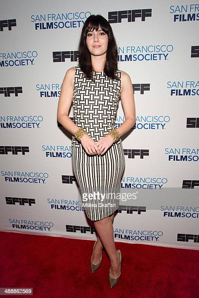Actress Mary Elizabeth Winstead arrives at the premiere of 'Alex Of Venice' in San Francisco International Film Festival on May 8 2014 in San...