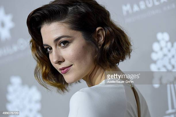Actress Mary Elizabeth Winstead attends the 2015 Baby2Baby Gala at 3LABS on November 14, 2015 in Culver City, California.