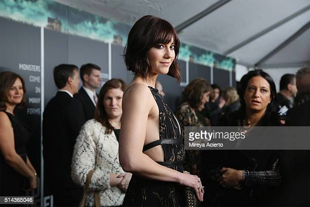 Actress Mary Elizabeth Winstead attends the New York premiere of 10 Cloverfield Lane at AMC Loews Lincoln Square 13 theater on March 8 2016 in New...