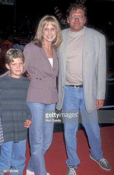 Actress Mary Ellen Trainor Director Robert Zemeckis and son Alexander Zemeckis attend the Eraser Hollywood Premiere on June 11 1996 at Mann's Chinese...