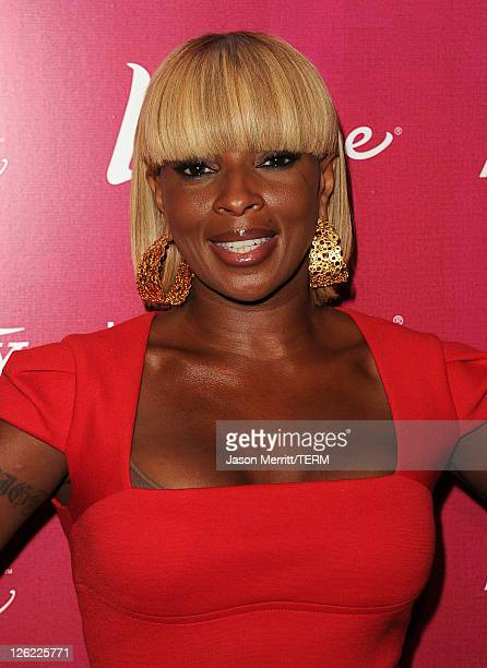 Actress Mary J. Blige arrives at 3rd Annual Variety's Power of Women Event presented by Lifetimeon at the Beverly Wilshire Four Seasons Hotel...
