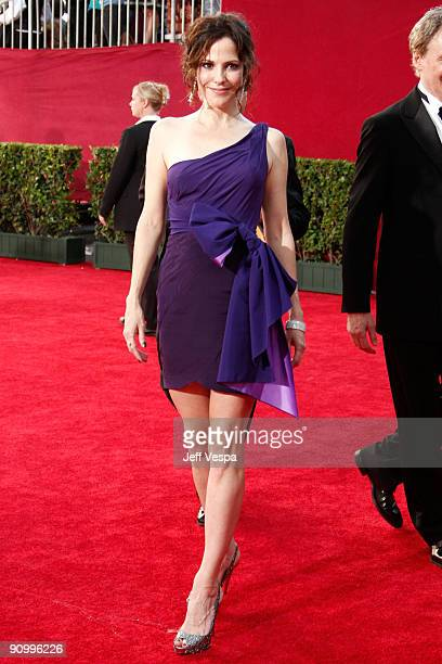 Actress Mary Louise Parker arrives at the 61st Primetime Emmy Awards held at the Nokia Theatre on September 20 2009 in Los Angeles California
