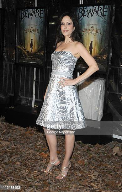 Actress Mary Louise Parker attends a special screening of Paramount Pictures' and Nickelodeon Movies 'The Spiderwick Chronicles' at AMC Lincoln...