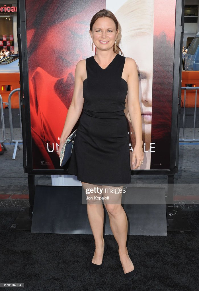 Actress Mary Lynn Rajskub arrives at the Los Angeles Premiere 'Unforgettable' at TCL Chinese Theatre on April 18, 2017 in Hollywood, California.