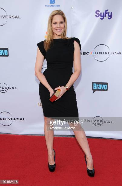 Actress Mary McCormack arrives at the Cable Show 2010 featuring an evening with NBC Universal at Universal Studios Hollywood on May 12 2010 in...