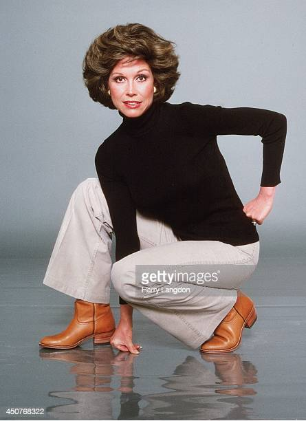 Actress Mary Tyler Moore poses for a portrait in 1978 in Los Angeles California
