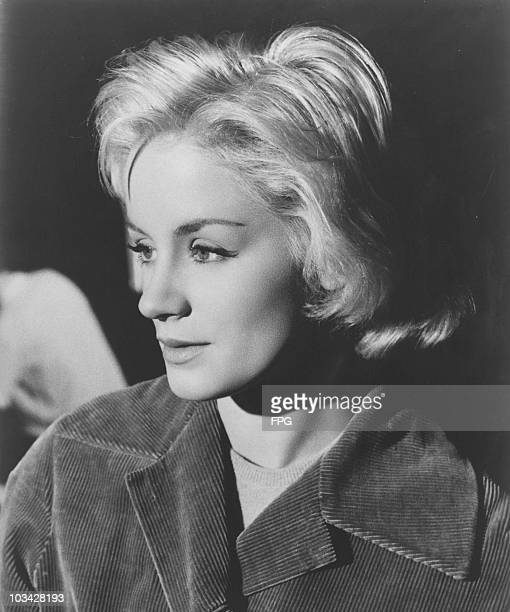Actress Mary Ure poses in the 1960's