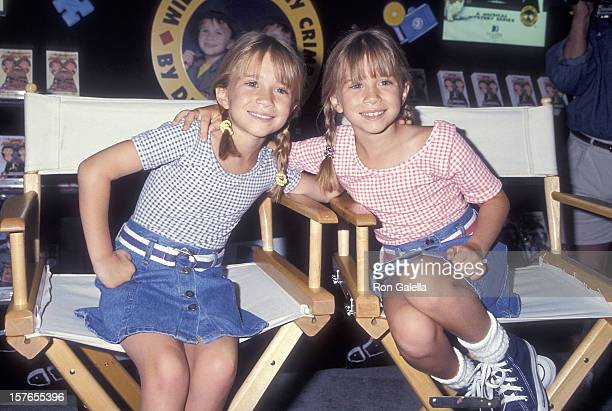 Actress MaryKate and Ashley Olsen attend the 13th Annual Video Software Dealers Association Convention and Expo on July 25 1994 at the Las Vegas...
