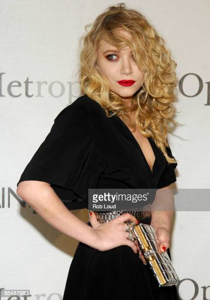 Actress MaryKate Olsen attends The Metropolitan Opera's 125th Anniversary Gala at The Metropolitan Opera House Lincoln Center on March 15 2009 in New...