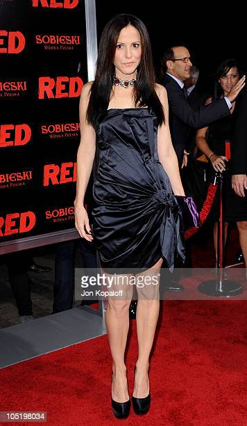 Actress MaryLouise Parker arrives at the Los Angeles Premiere RED at Grauman's Chinese Theatre on October 11 2010 in Hollywood California