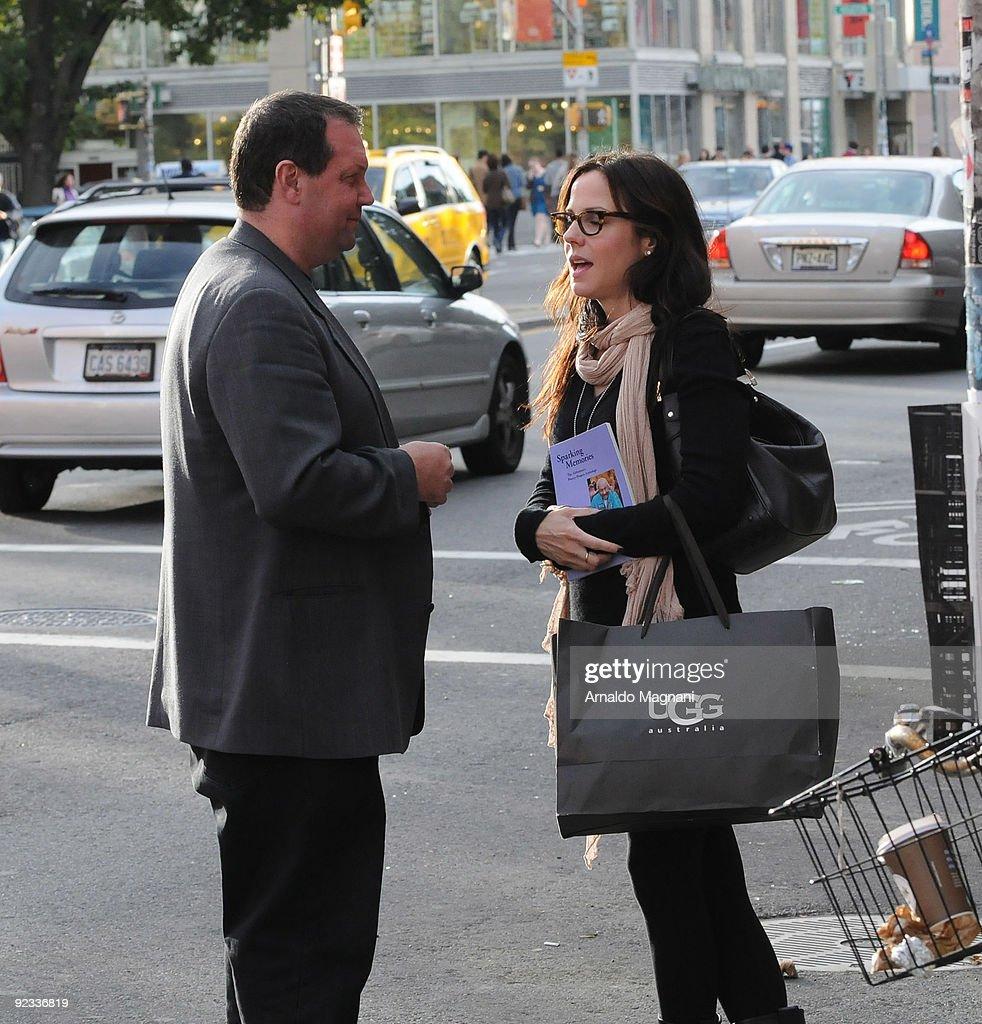 Candids: October 25, 2009 : News Photo