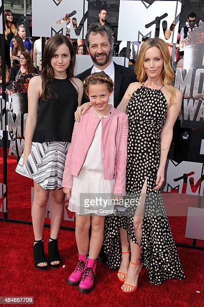 Actress Maude Apatow director Judd Apatow actress Iris Apatow and actress Leslie Mann attends the 2014 MTV Movie Awards at Nokia Theatre LA Live on...