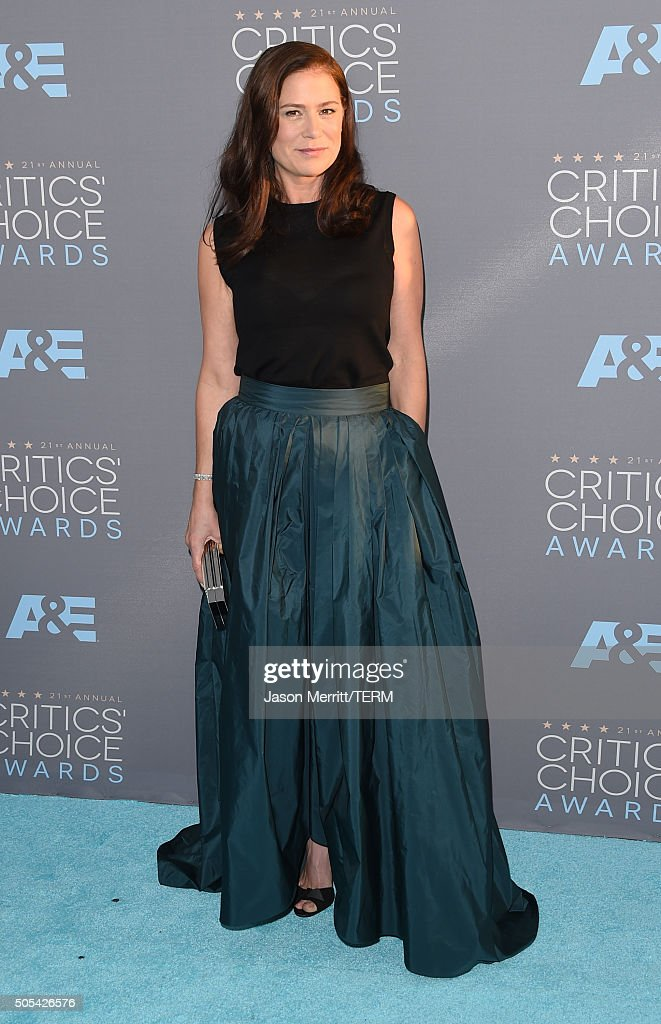 Actress Maura Tierney attends the 21st Annual Critics' Choice Awards at Barker Hangar on January 17, 2016 in Santa Monica, California.