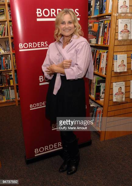 Actress Maureen McCormick book signing for Here's The Story on December 17 2009 in Northridge California