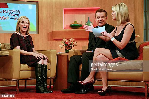 Actress Maureen McCormick Visits FOX's The Morning Show with hosts Mike Jerrick and Juliet Huddy at the FOX studios on October 14 2008 in New York...
