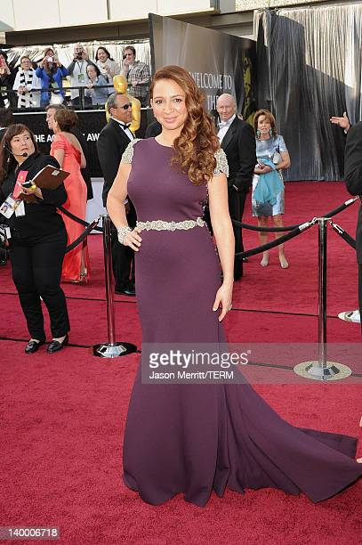 Actress Maya Rudolph arrives at the 84th Annual Academy Awards held at the Hollywood Highland Center on February 26 2012 in Hollywood California
