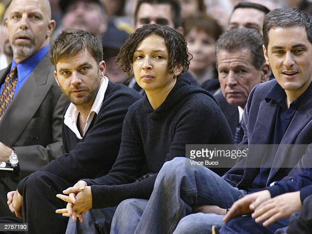 Actress Maya Rudolph attends the game between the Los Angeles Lakers and the Memphis Grizzlies on November 23 2003 at the Staples Center in Los...