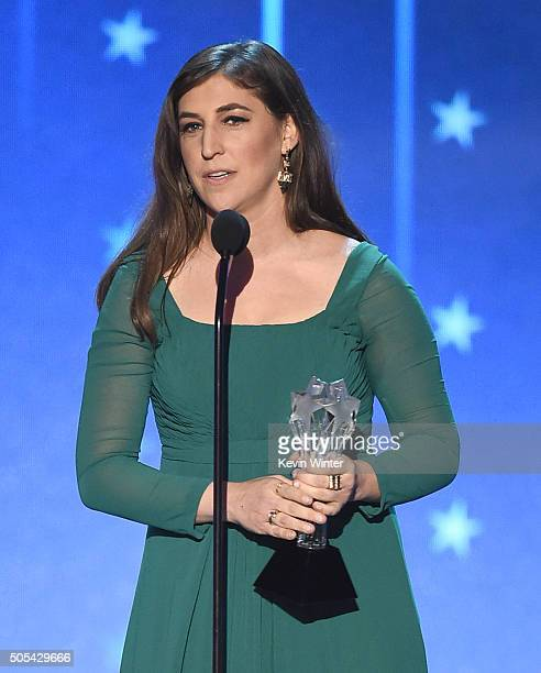 Actress Mayim Bialik accepts the Supporting Actress In A Comedy Series award for 'The Big Bang Theory ' onstage during the 21st Annual Critics'...