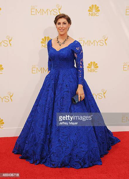 Actress Mayim Bialik arrives at the 66th Annual Primetime Emmy Awards at Nokia Theatre LA Live on August 25 2014 in Los Angeles California