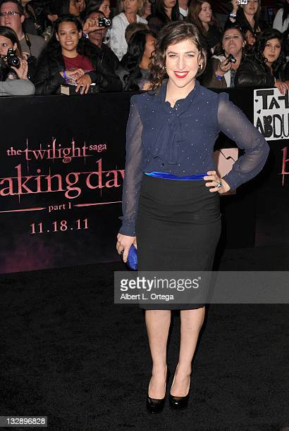Actress Mayim Bialik arrives for Summit Entertainment's The Twilight Saga Breaking Dawn Part 1 held at Nokia Theatre LA Live on November 14 2011 in...