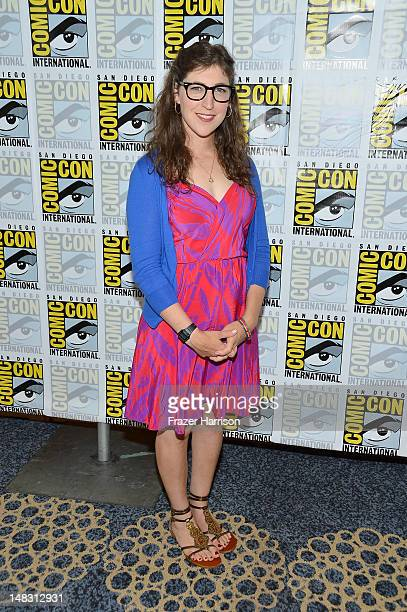 "Actress Mayim Bialik attends ""The Big Bang Theory"" Press Room during Comic-Con International 2012 held at the Hilton San Diego Bayfront Hotel on July..."