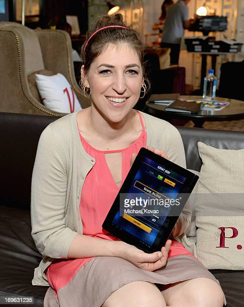 Actress Mayim Bialik attends the Variety Emmy Studio at Palihouse on May 29, 2013 in West Hollywood, California.