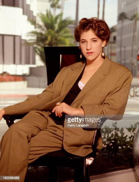 Actress Mayim Bialik poses for a portrait circa 1995 in Los Angeles California