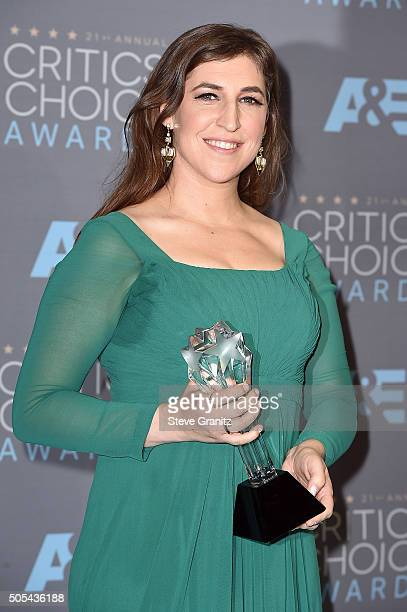 Actress Mayim Bialik winner of the award for Best Supporting Actress in a Comedy Series for 'The Big Bang Theory' poses in the press room during the...