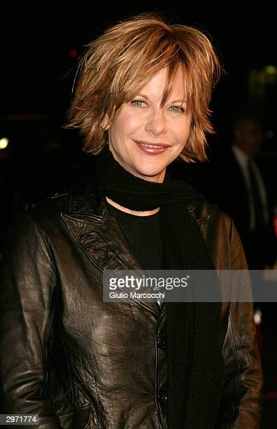 Actress Meg Ryan arrives at the Los Angeles premiere of Paramount's 'Against the Ropes' at Grauman's Chinese Theater February 11 2004 in Hollywood...