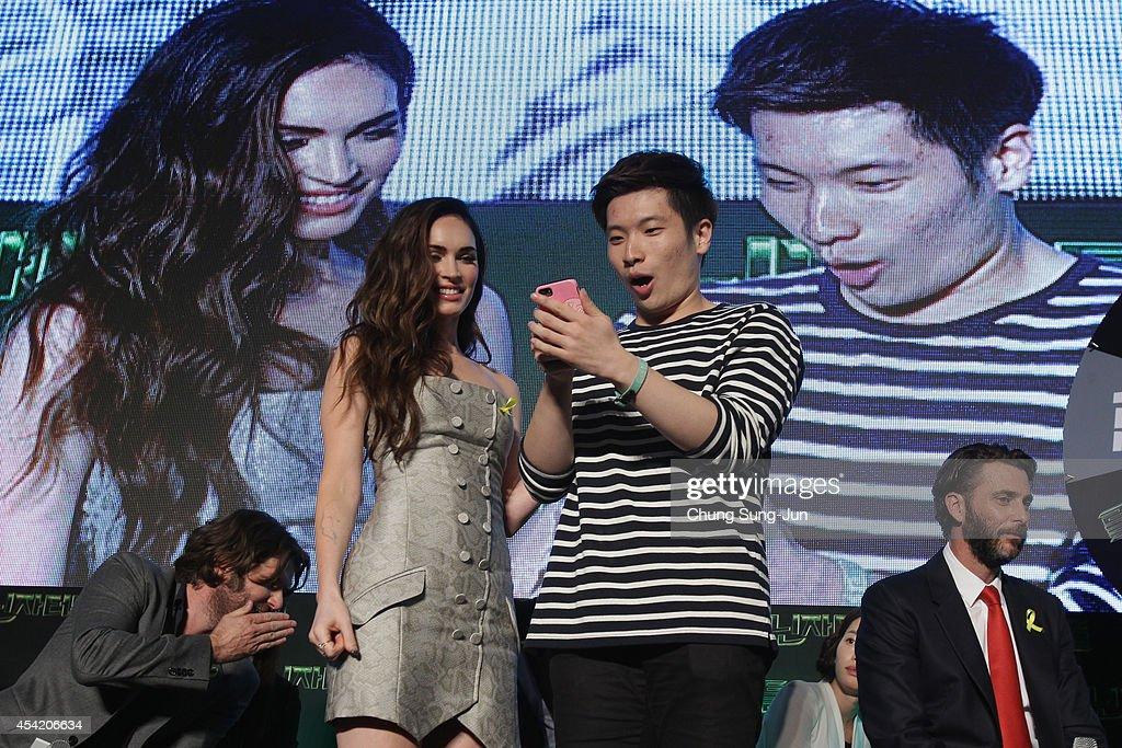Korean Premiere in Seoul Of 'Teenage Mutant Ninja Turtles' : News Photo