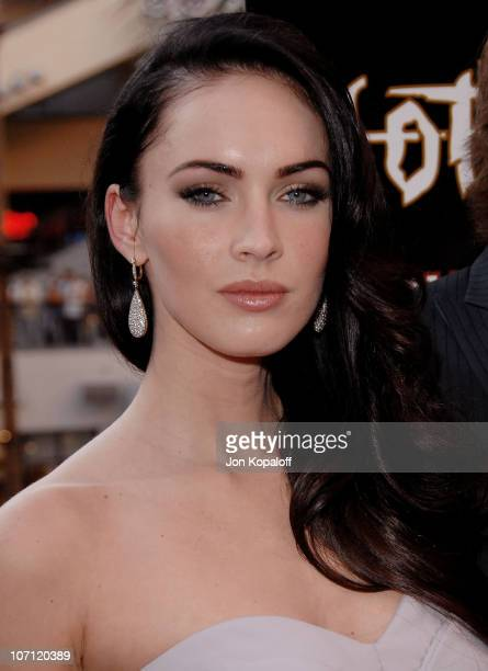 "Actress Megan Fox arrives at ""Jennifer's Body"" Hot Topic Fan Event at Hot Topic on September 16, 2009 in Hollywood, California."