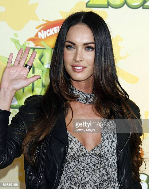 Actress Megan Fox arrives at Nickelodeon's 2009 Kids' Choice Awards at the Pauley Pavilion on March 28 2009 in Los Angeles California