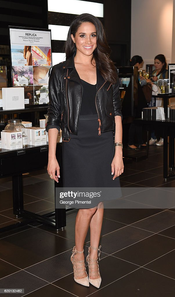 Actress Meghan Markle attends Sephora Unveils Toronto Eaton Centre Remodel at Toronto Eaton Centre on May 19, 2016 in Toronto, Canada.
