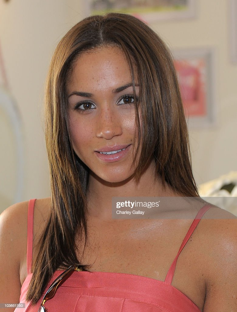 Some Kind-a Gorgeous Style and Beauty Lounge : News Photo