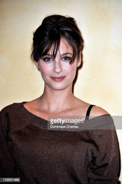 Actress Melanie Bernier poses for the photocall of ''L'Assaut' at hotel Renoir during the Festival of sarlat on November 11 2010 in Sarlat France