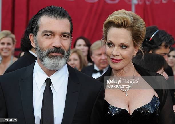 Actress Melanie Griffith and husband actor Antonio Banderas arrive at the 82nd Academy Awards at the Kodak Theater in Hollywood, California on March...