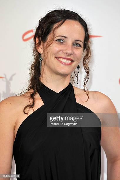 Actress Melanie Munt poses at the Little Sparrows photocall during The 5th International Rome Film Festival at Auditorium Parco Della Musica on...